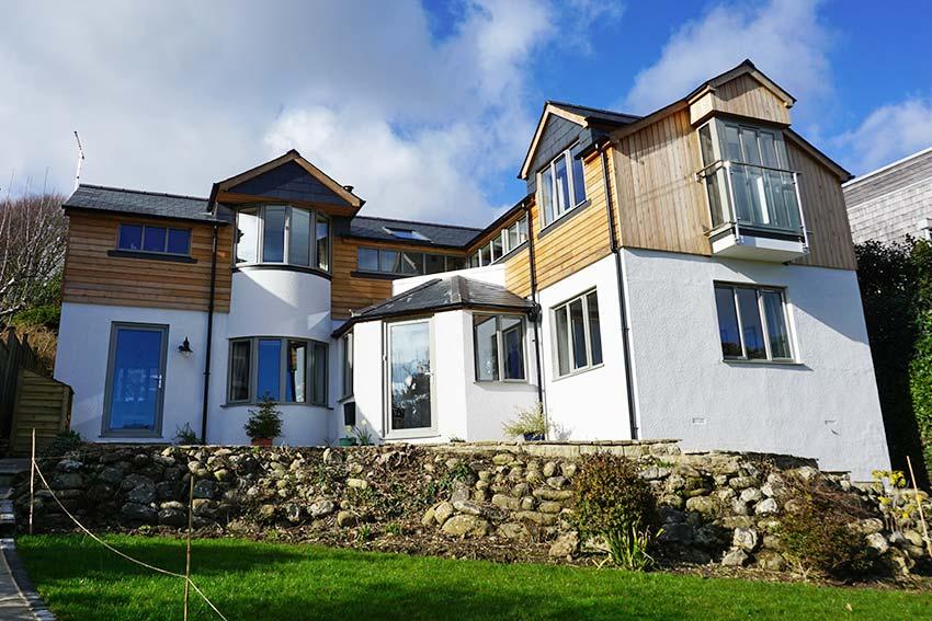 Grey smarts aluminium timber clad house