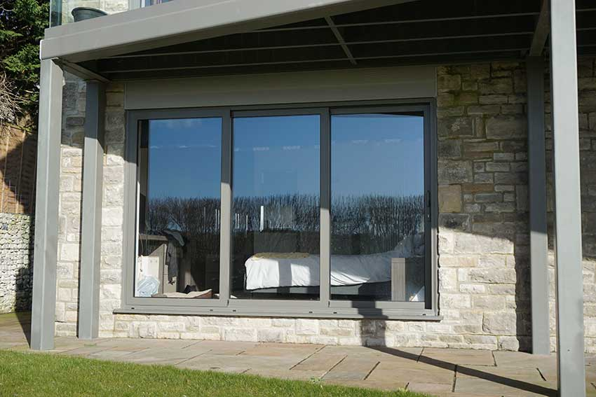 SMART ALUMINIUM SLIDING DOOR