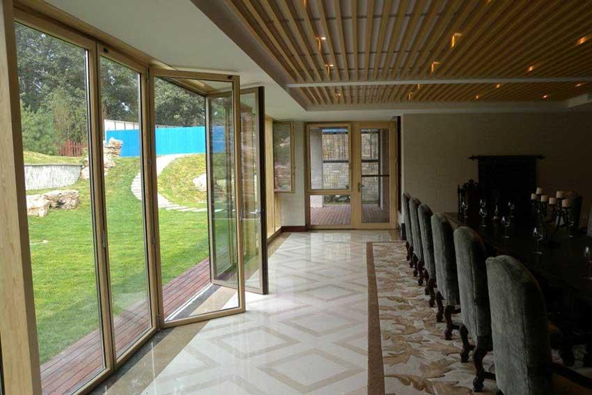 Sunflex ALU CLAD bifolding door