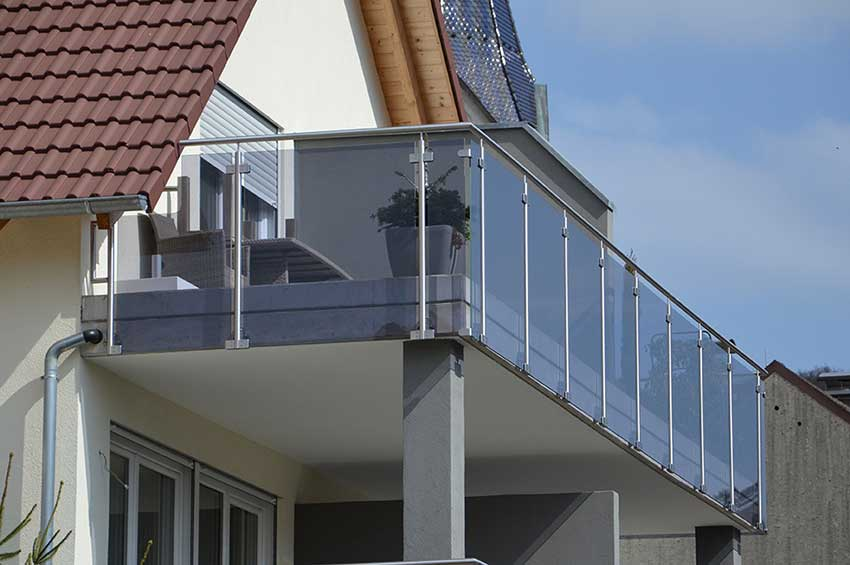 Post mounted glass stainless handrails balcony