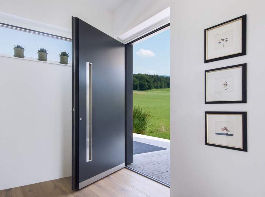 aluminium entrance door from Internorm